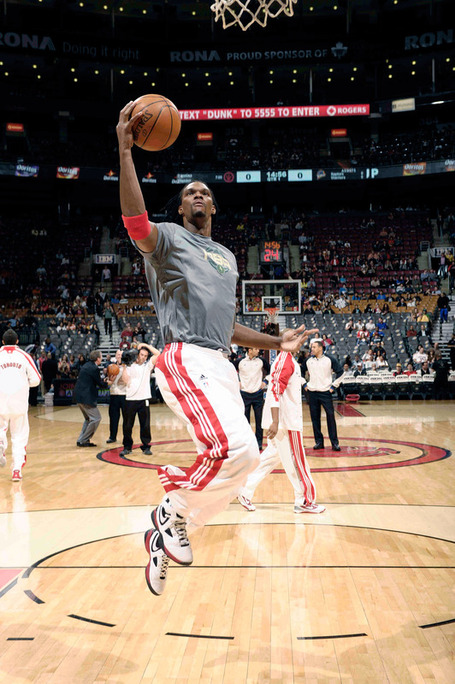 Chris_bosh__4__of_the_toronto_raptors_warms_up_medium