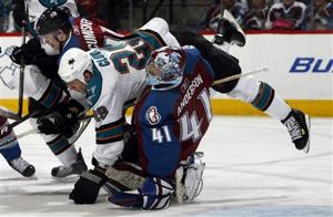 61588_sharks_avalanche_hockey_medium