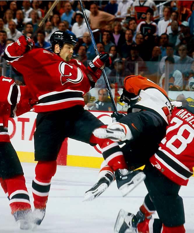 New jersey devils vs philadelphia flyers preview arctic ice hockey