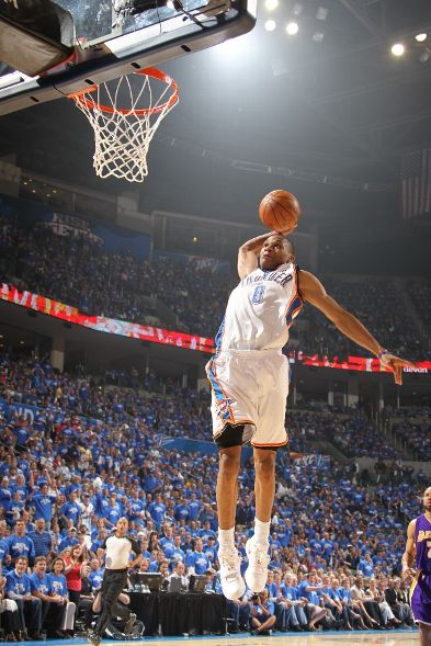 kevin durant dunks on kobe. Kevin Durant didn#39;t have a