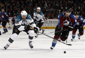 62781_sharks_avalanche_hockey_medium