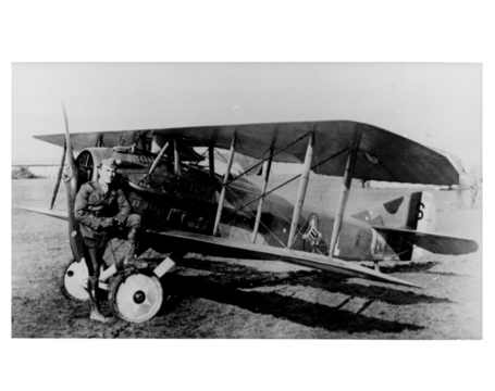 1917_eddie_rickenbacker_medium