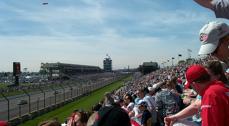 Indyfrontstretch_medium