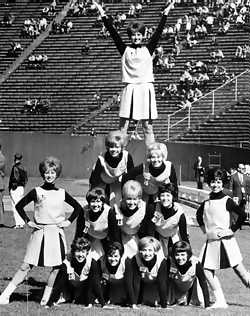 1966_steelerettes_medium