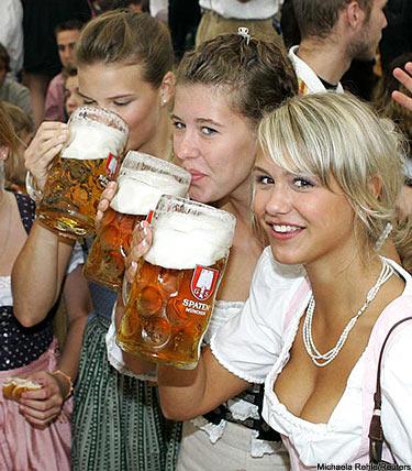 German_beer_girls_medium