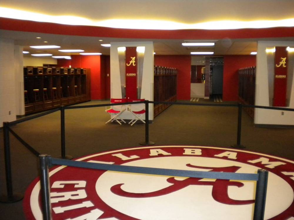 alabama crimson tide football locker room