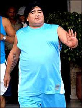 Maradona_medium