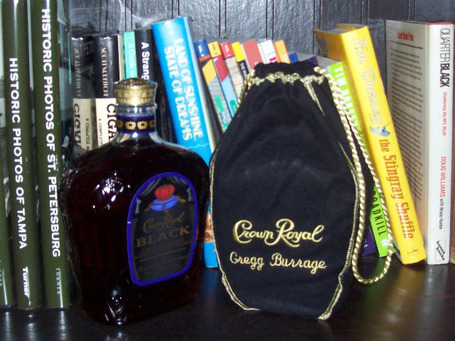 Crown_royal_black_03_medium