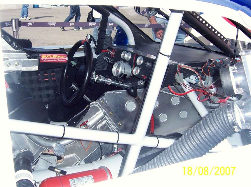 inside the cockpit the what nascar 101 shows you the driver 39 s office. Black Bedroom Furniture Sets. Home Design Ideas