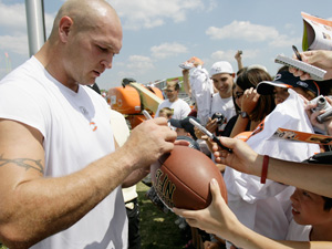Urlacher_inside072709_medium