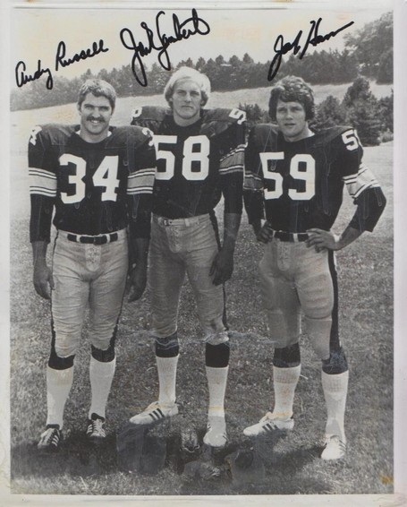 Linebackers_autographs_001_medium