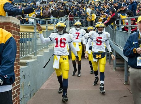 42994_michigan_spring_football_medium