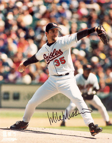 Mike_mussina_photo_mid_medium