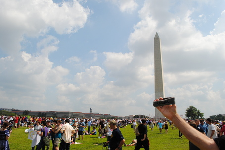 004_casual_washington_monument_medium