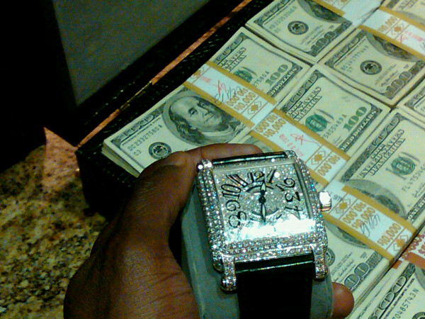 great this watch watches create we gold admiring gucci for and mayweather white ap pin belt out steel of work floyd you can other blinged today stainless