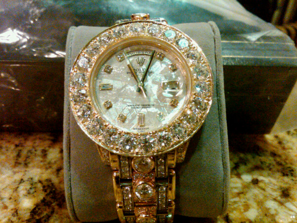 on floyd dubai mayeather mayweather a trip watch buys watches shopping dollar million