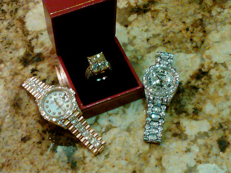 dollars jewelry shows li his watches floyd other like p you a and million timepieces cash mayweather in t jewelery