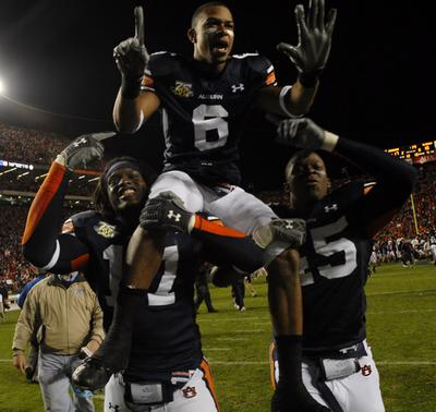 Tigers_celebrating_after_2007_iron_bowl_medium
