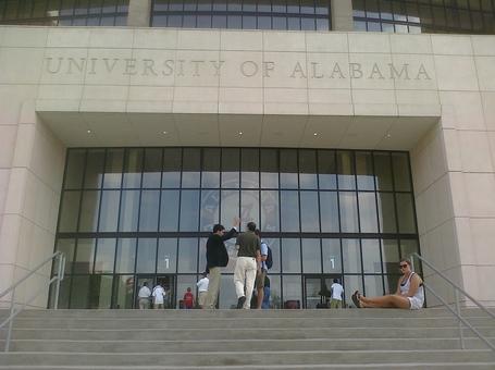 Alabama_stadium_close_medium