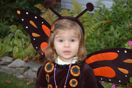 Emma_halloween_08_medium