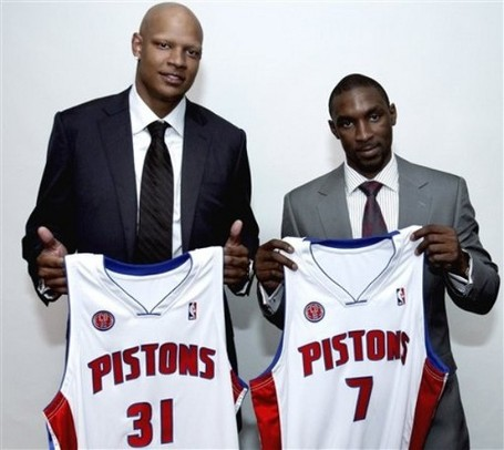 Charlie_villanueva_and_ben_gordon_medium