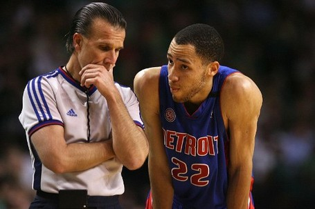 Tayshaun_prince_referee_medium