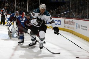 63057_sharks_avalanche_hockey_medium