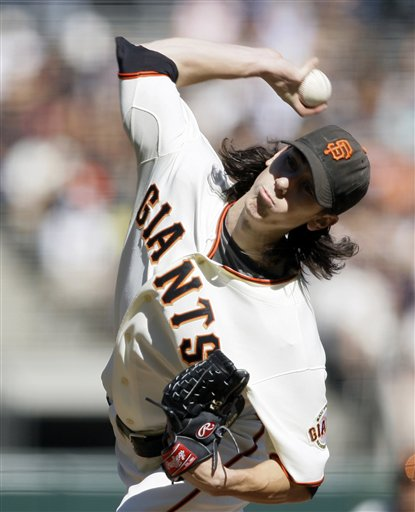 157891_giants_lincecum_baseball_medium