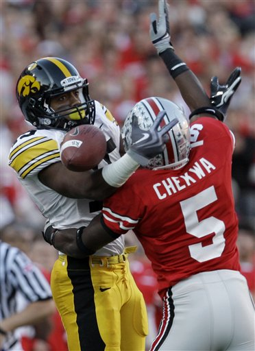 38120_iowa_ohio_st_football_medium