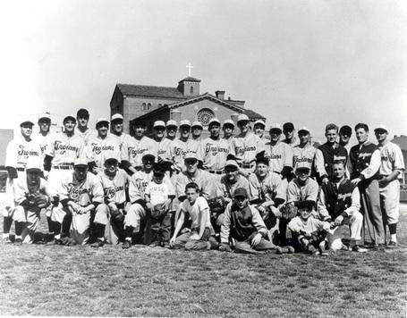 Usc_1948_baseball_team__w_sparky__medium