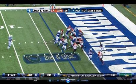 Sb_coltsbengals_robinsonwhiff1_medium
