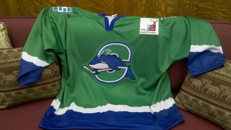 Connecticut_whale_jersey_medium