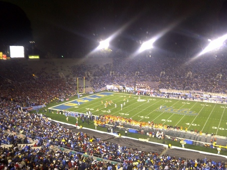 Usc-ucla-rose-bowl_medium