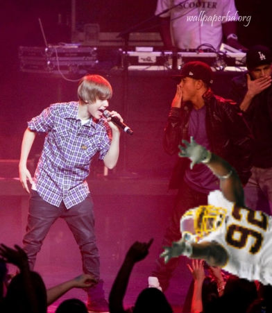 Al_crowdsurfing_beiber_medium