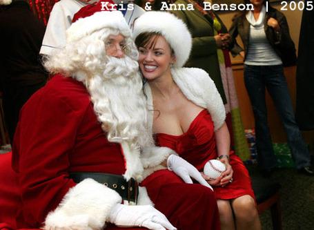 Mets_santa_2005_kris_anna_benson_medium