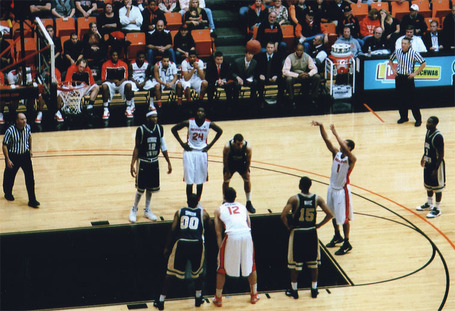 Cunningham_freethrow_01_medium