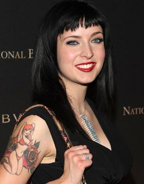 Diablo_cody_stays_busy_postjuno_289x370_medium