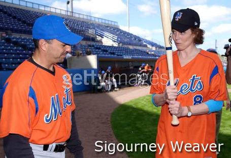 Mets-sigourney_weaver_medium