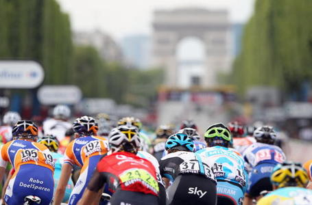 The Grande Finale! The Champs Elysées circuit. Photo: Spencer Platt/Getty.