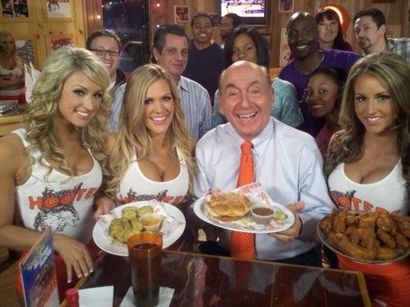 Dickvitalehooters_medium