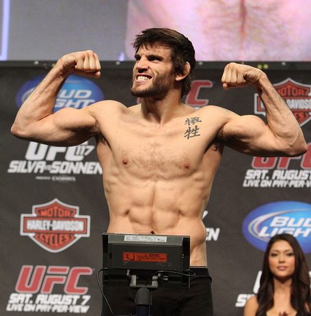 Ufc_117_weighin-jon-fitch_medium