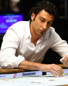 Luongo_poker_medium