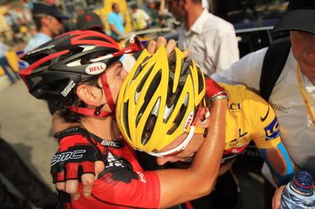 Cadel Evans and Mauro Santambrogio, Tour de France 2010. Photo: Spencer Platt/Getty.