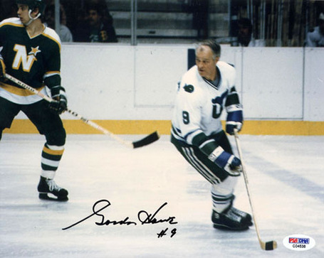 Gordie_howe2_auto_photo_mid_medium