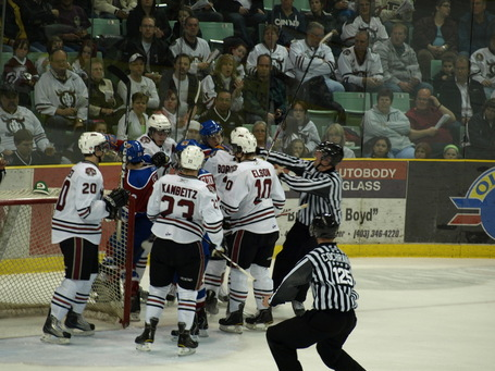 Oil_kings_rebels_game_2_340_medium