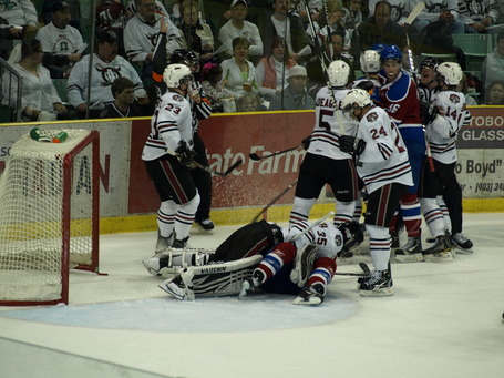 Oil_kings_rebels_game_2_401_medium