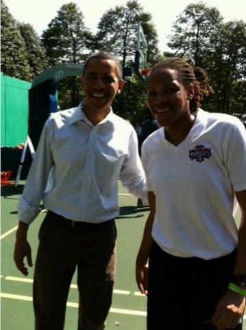 Currie_obama_medium