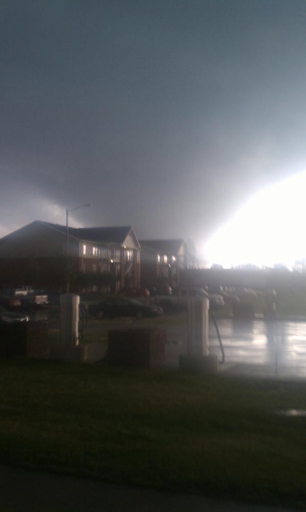 tuscaloosa tornado pictures. april 15 tuscaloosa tornado.
