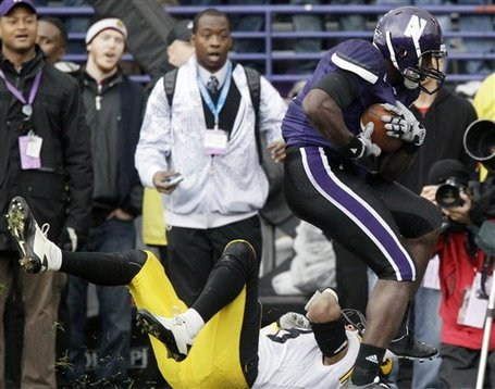 52548_iowa_northwestern_football_medium