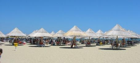 Pescara-beach_medium